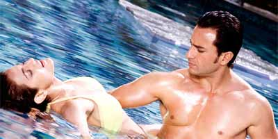 Amisha Patel and Saif Ali Khan in Thoda Pyar Thoda Magic