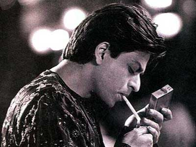 Shahrukh Khan Smoking