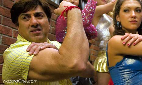 Sunny Deol Got Muscle Power, Watchout Heroes